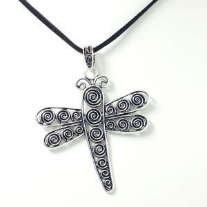 chunky dragonfly necklace