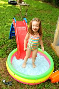 Summer Bucket list Toddler kiddie pool