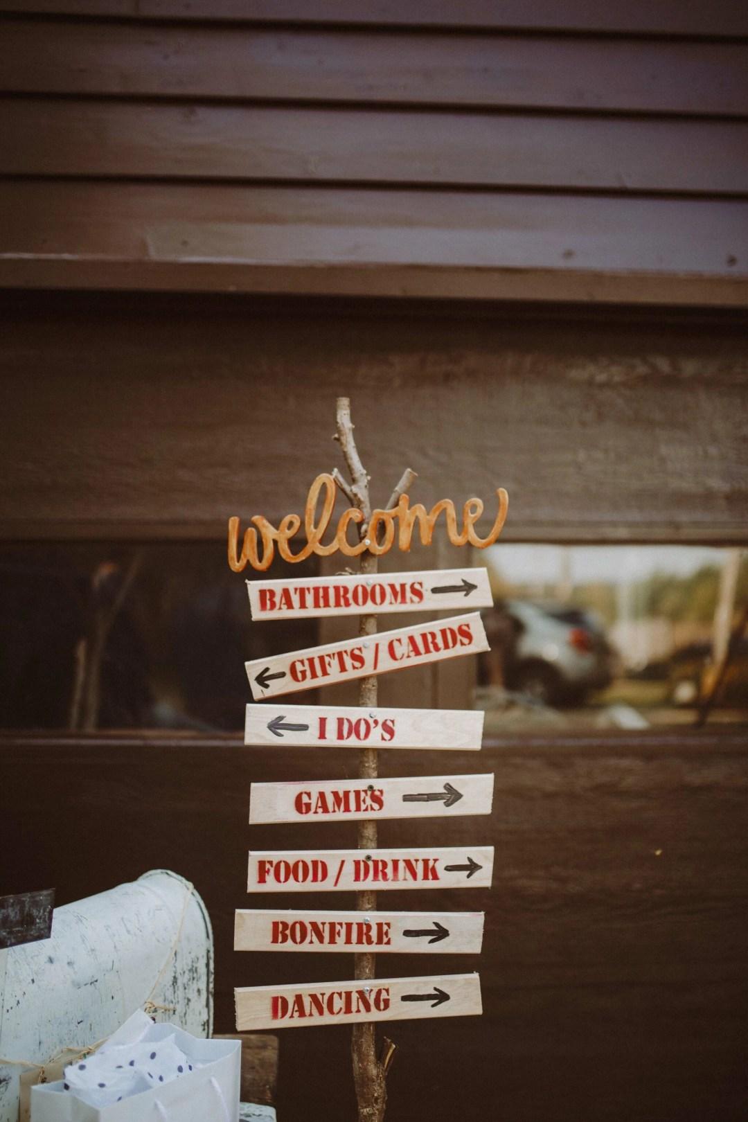 wedding rustic sign arrows