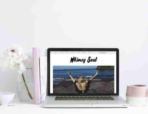 blogging tips flower laptop flatlay