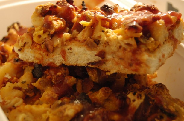 Bacon my heart mac and cheese pizza