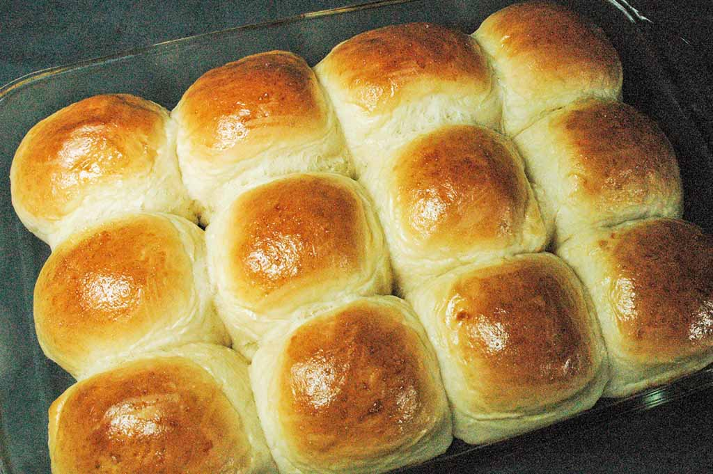 9x13 pan of sweet dinner rolls in