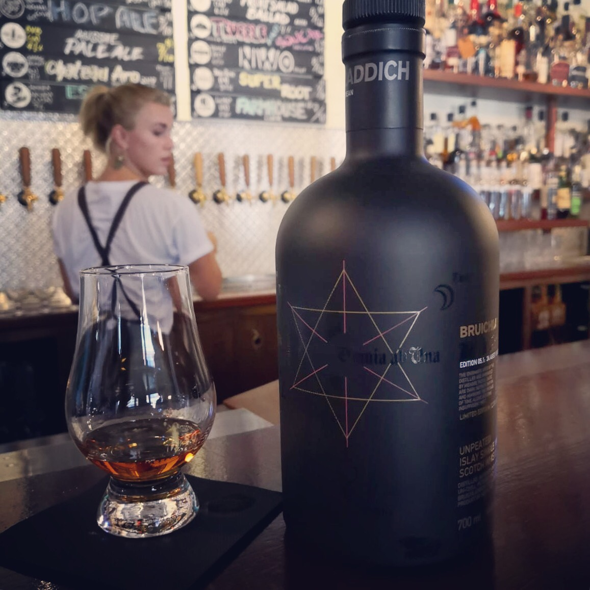 Dram Review: Bruichladdich Black Arts 1992 Edition 05.1 24 Aged Years