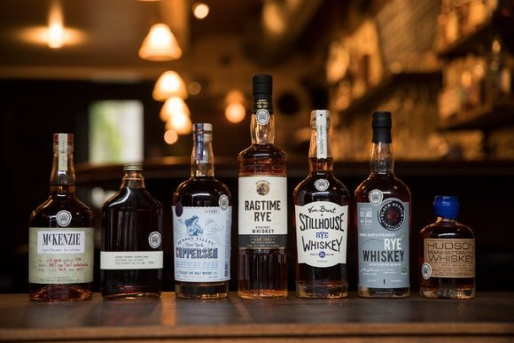 The first whiskies to carry the Empire Rye seal. Image courtesy Empire Rye Whiskey Association.