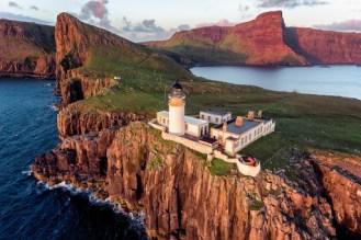 Faro de Neist Point en la isla de Skye