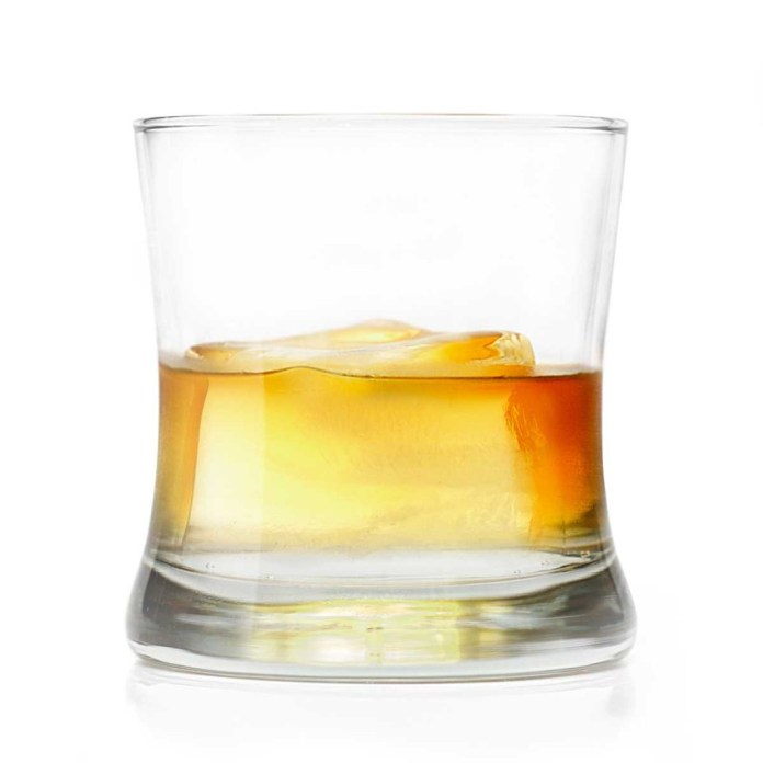 """""""A Glass of Whiskey on the Rocks"""" by Benjamin Thompson - Own work. Licensed under CC BY 3.0 via Wikimedia Commons."""