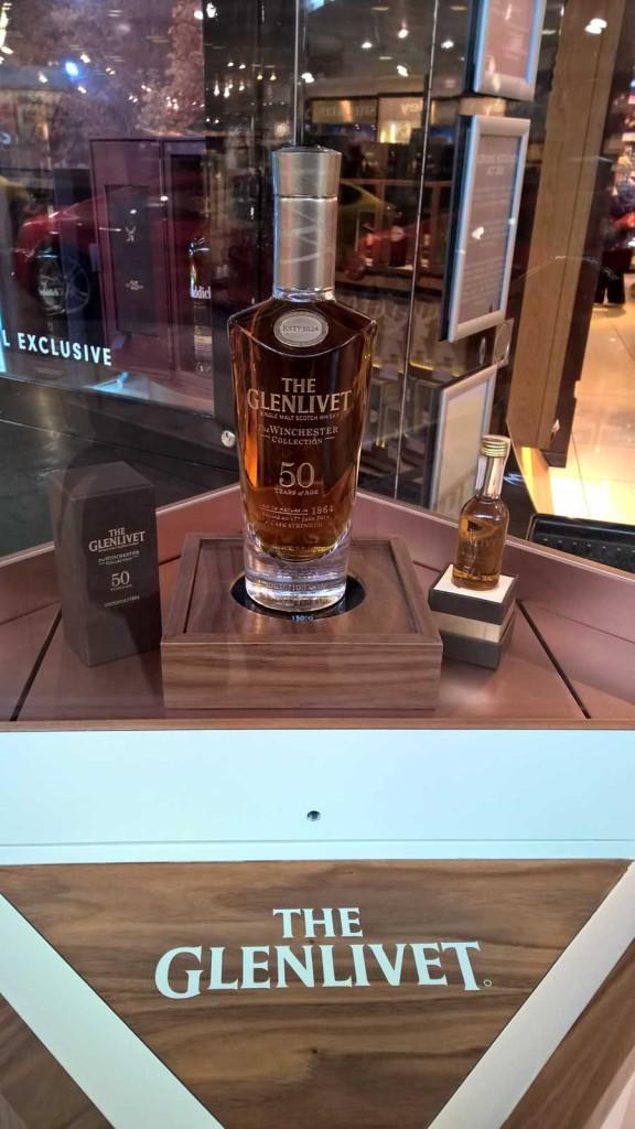 Ein Whiskyschnäppchen, gefunden gestern am Flughafen von Edinburgh