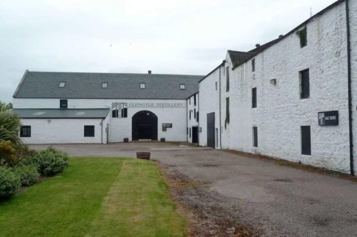Der Hof der Destillerie