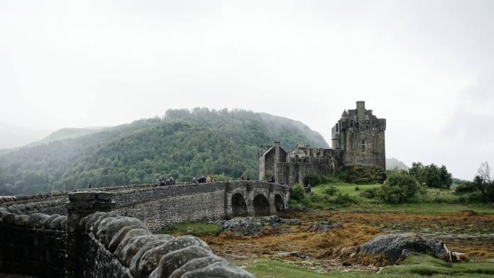 castle-2-text