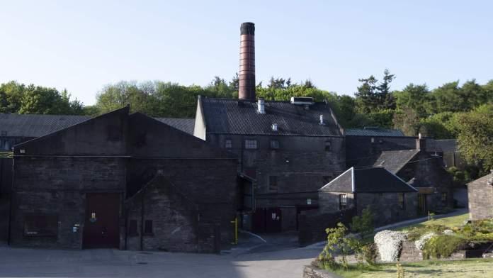 Dieses Bild hat ein leeres Alt-Attribut. Der Dateiname ist Glencadam-Distillery-high-res-1024x576.jpg