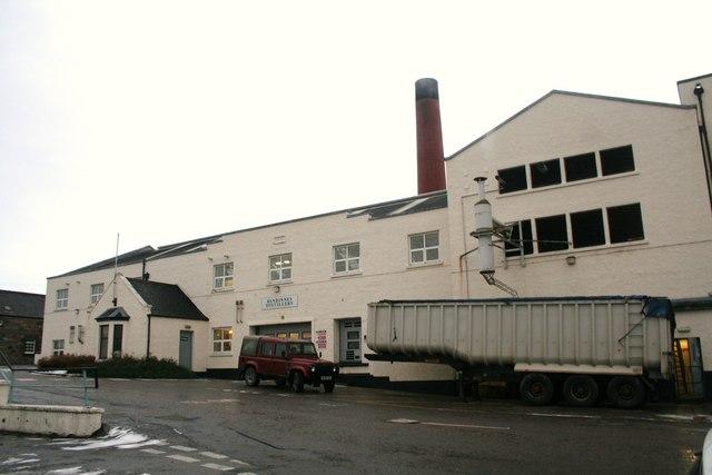 Benrinnes Destillerie, Foto von Andrew Wood, CC-Lizenz