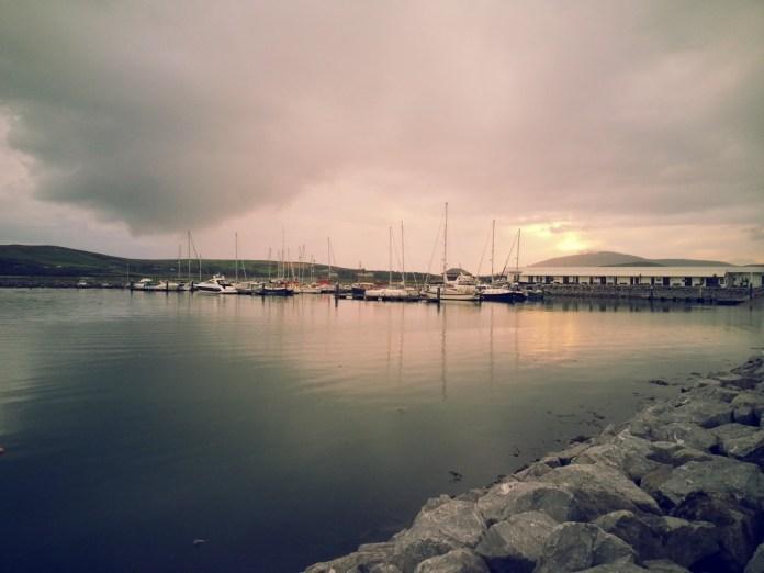 Blick über den Hafen von Dingle. Bildrechte bei whiskyexperts, Bernhard Rems