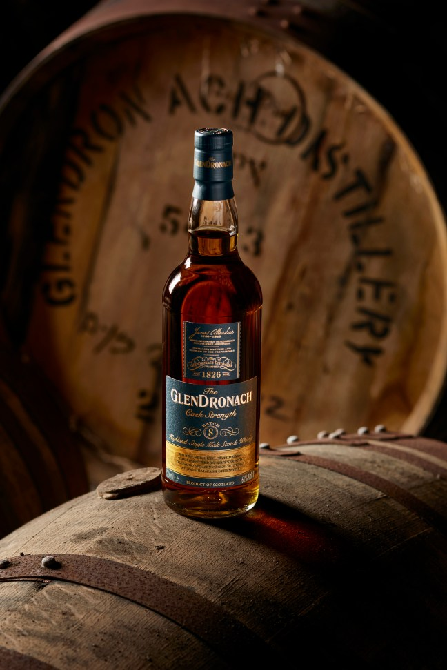N052-GLENDRONACH-BATCH8-BOTTLE-ON-CASK