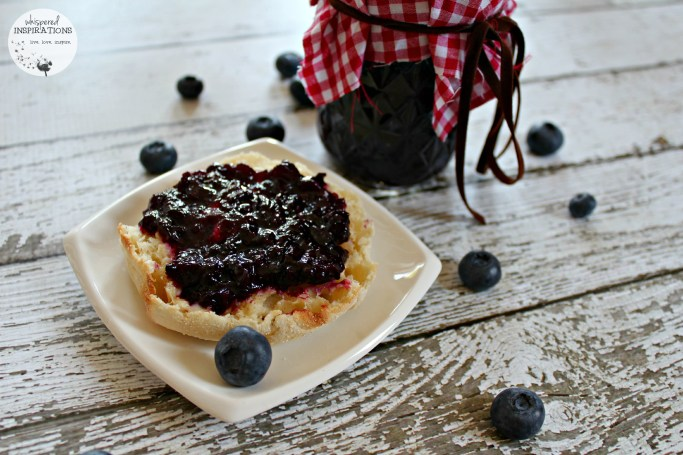 A closer look at the organic blueberry jam recipe.