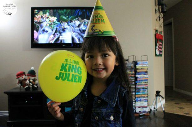 All-Hail-King-Julien-07
