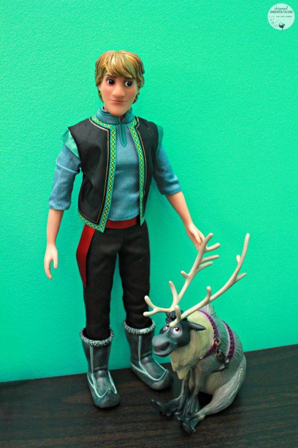 Disney-Frozen-Doll-Gift-Set-04