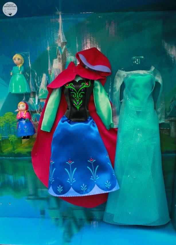 Disney-Frozen-Doll-Gift-Set-06