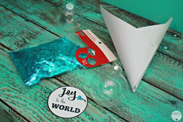 HP-Joy-To-The-World-Ornament-05