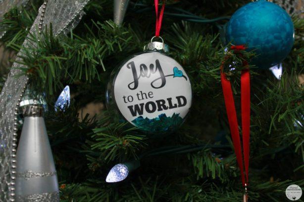 HP-Joy-To-The-World-Ornament-11