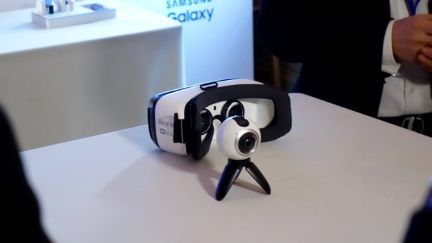 Samsung's newest gadget releases: The Gear 360 and Gear VR (Image source: TechStage via Flickr Creative Commons)