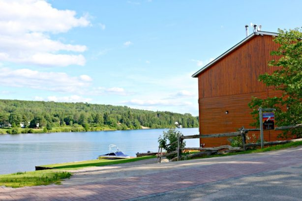 9 Reasons Why Staying at Couples Resort in Algonquin is EXACTLY What You Need! #travel