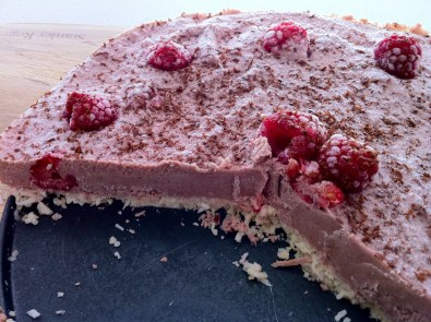 Raw Raspberry Cheesecake