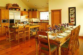 Whistler Gleneagles - 5BR 5.5Bath Private Estate Hot Tub-Views Photo 3