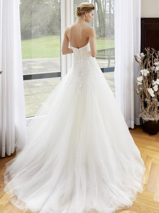 Robe de mariée coupe princesse en tulle avec broderie