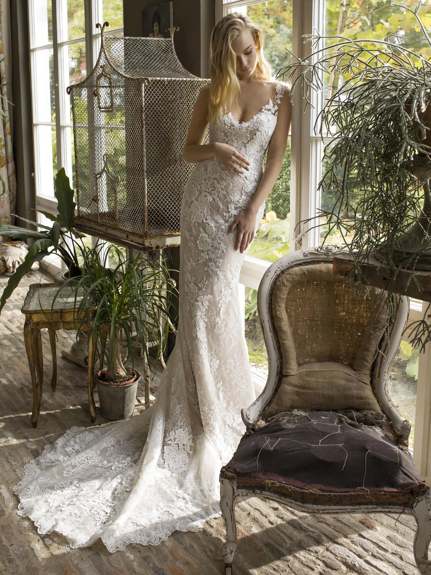 Robe de mariée droite Destiny par Modeca