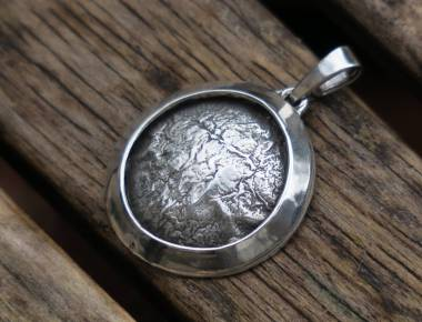Silver Circle Pendant 1
