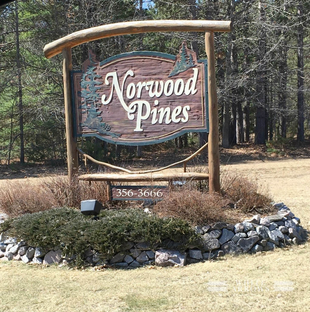 Norwood Pines, Minocqua, Friday Fish Fry, Wisconsin Supper Club
