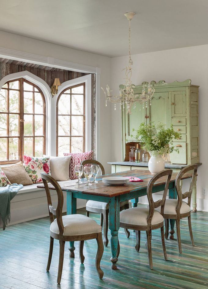 cottage style, dining room, painted floors