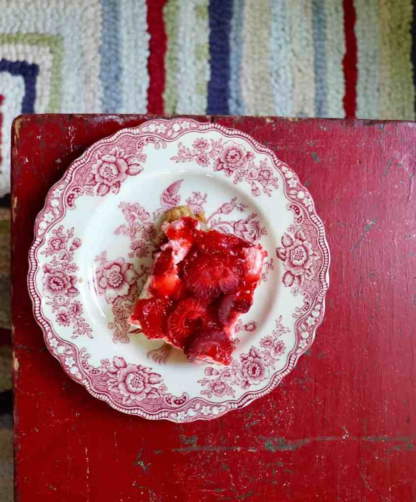 Strawberry Pretzel Bars-