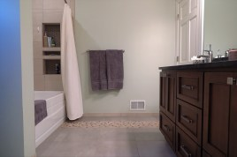 Gallant Court Apple Valley MN Bathroom Remodel (10)