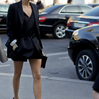black blazer dress up