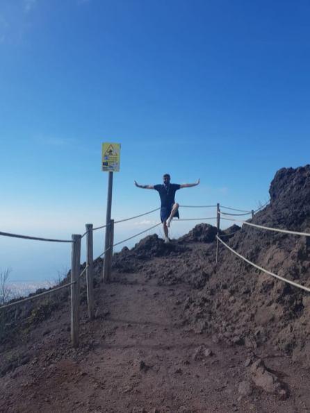 Mark on Mt Vesuvius