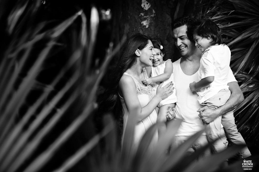 Playa del Carmen, Destination Wedding, Portrait, Riviera Maya, Debora Ducci, White Crown Photography