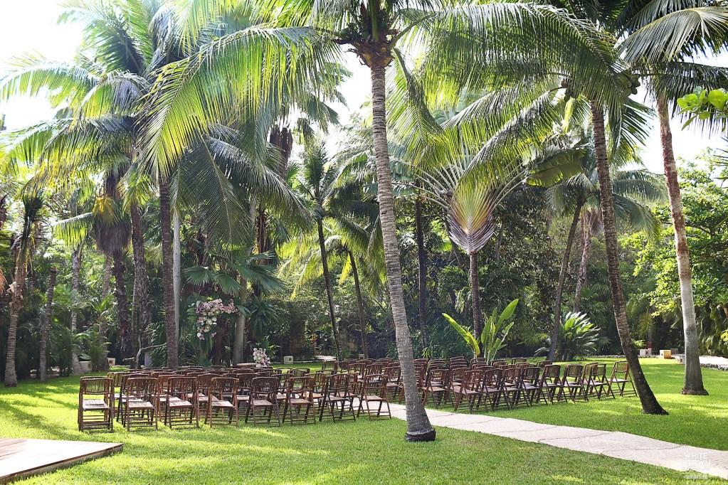 Destination Wedding, Riviera Maya, Debora Ducci, White Crown Photography, Hotel Esencia, Aurora Culpo, Mikey Bortone, Jen Bergmark, First Pick planning, Styling trio, Vanessa Jaime floral design