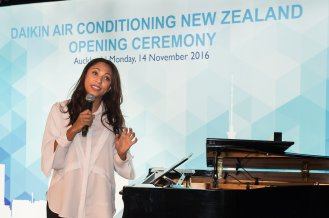 daikin-auckland-gala-dinner-and-awards-photographer-039
