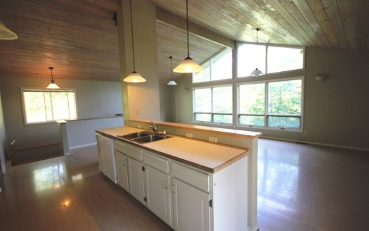 Spacious Living in Whitefish may 22 2014 134 d