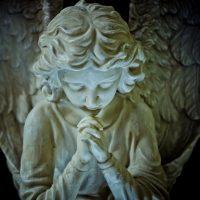 Angel-Praying