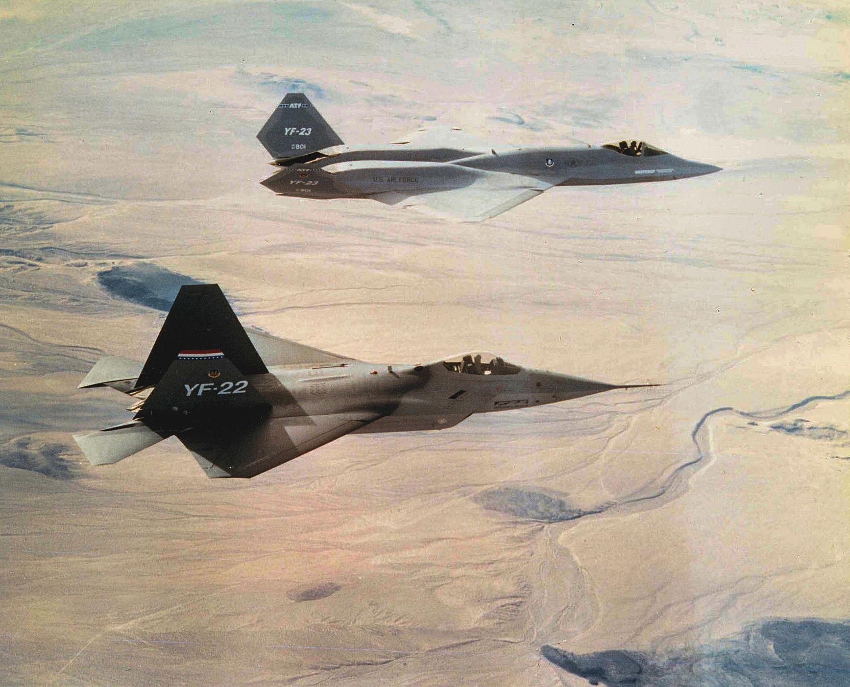 YF-22 e YF-23