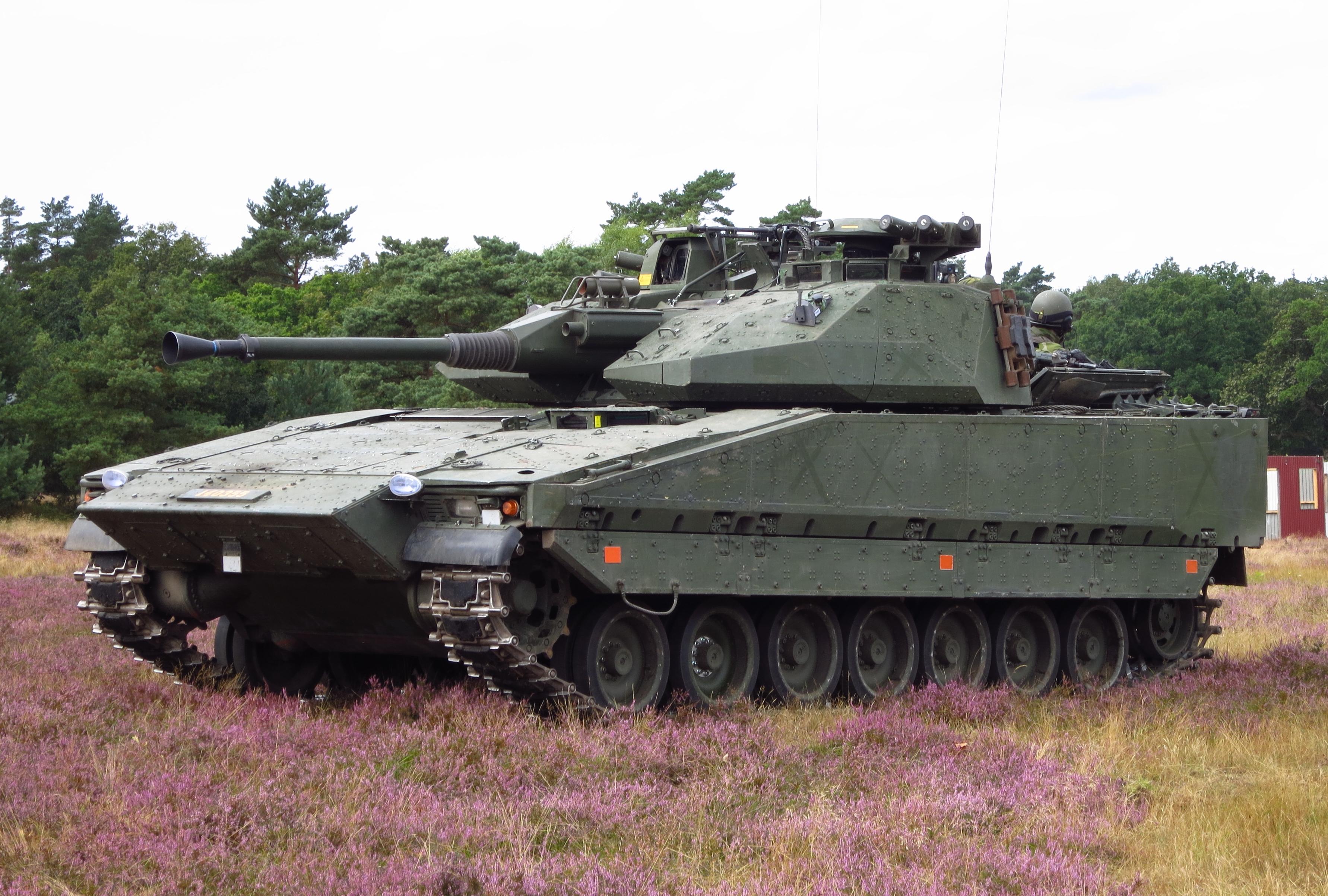 CV90Sweden