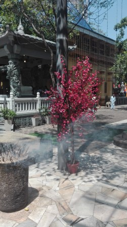 Gangaramaya Temple - incense galore