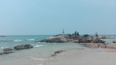 Mount Laviniya Beach