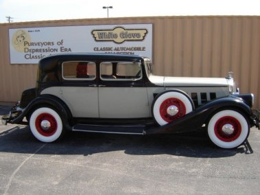 1933 Pierce Arrow Model 143 Towne Car Brougham