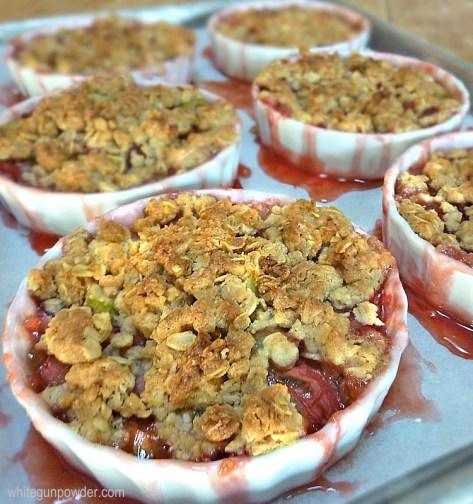 rhubarb strawberry crisp
