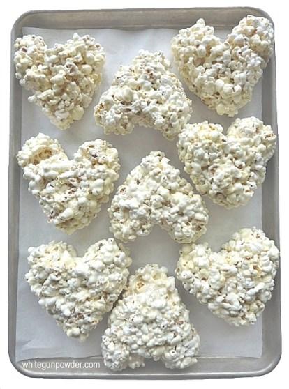 Valentine, popcorn heart treats