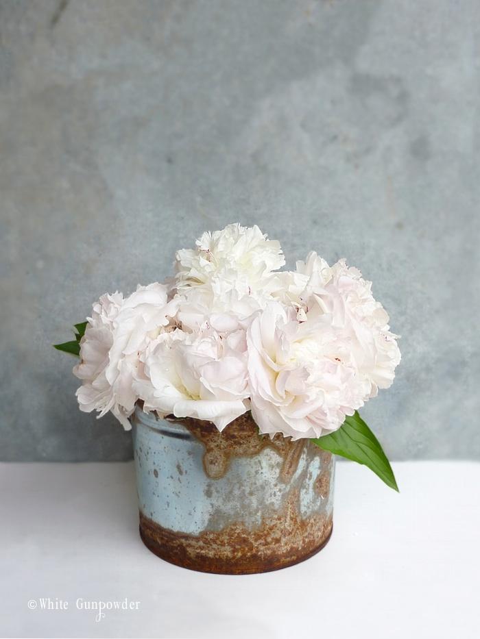 Decorating with peonies white gunpowder white peonies mightylinksfo