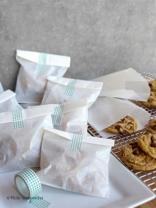 Packaging cookies-glassine bags